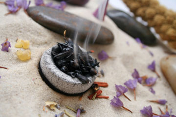 Esoterismo velas amuletos hierbas con poderes magicos - Como limpiar la casa de energias negativas ...