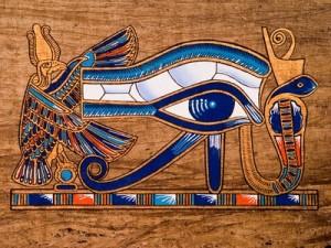 El Ojo de Horus e1347752823138 300x225 - Símbolos esotéricos del Antiguo Egipto