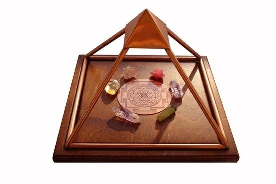 Efectos de las piramides - El poder energético de las pirámides, símbolo de vida