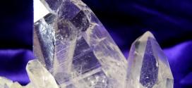 Cristal de cuarzo transparente un puente cosmico entre el cielo y la tierra 272x125 - Cristal de cuarzo transparente, un puente cósmico entre el cielo y la tierra