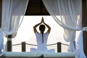 los beneficios yoga 290x195 - Los beneficios del yoga