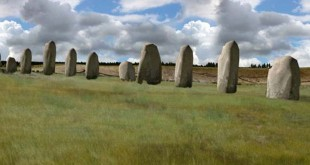 monolitos stonehenge 310x165 - Descubren impresionantes monolitos cerca de Stonehenge