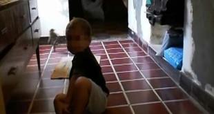 duende 310x165 - Mujer graba un duende corriendo detrás de su hijo