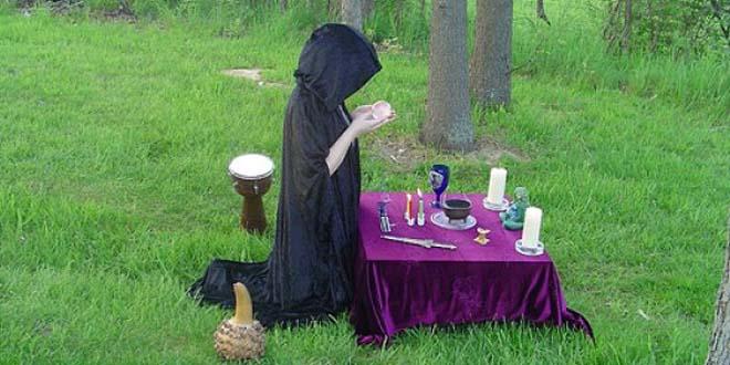diferencia entre wiccanas brujas - Diferencia entre wiccanas y brujas